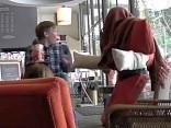 menschlicher Stuhl