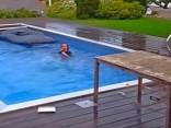 Pool Sprungbrett