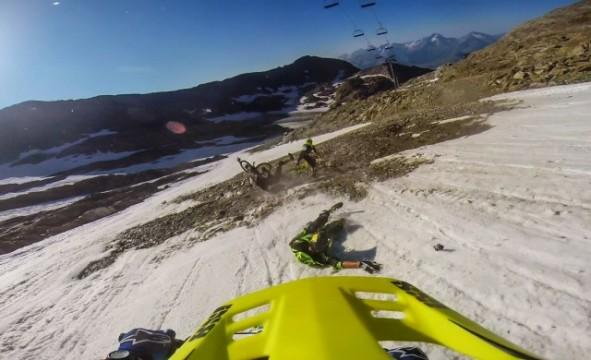 Downhill über Eis und Schotter – OnBoard