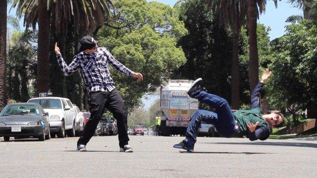 GRAVITY   POPPIN JOHN – Brakedance