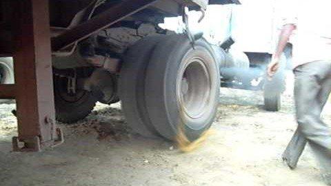 LKW-Motor starten in Indien