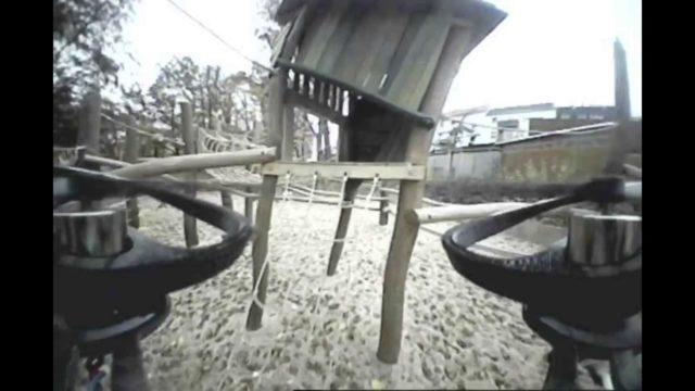 Randale auf dem Spielplatz – Mini RaceCopter