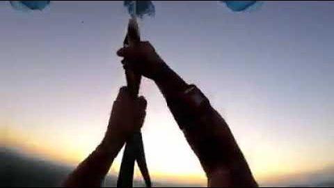 Fallschirmspringer kämpft um sein Leben – (Nichts für schwache Nerven!!!)